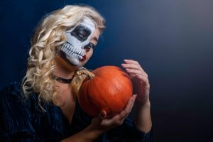 Halloween costume ideas with scary contacts